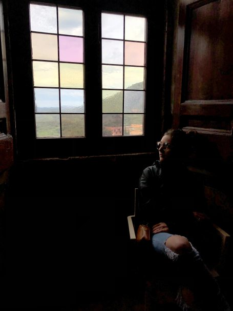 alone-indoors-looking-out-2407267